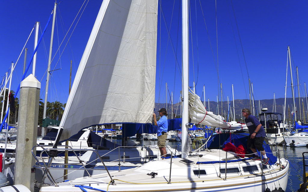Catalina-30-Mainsail